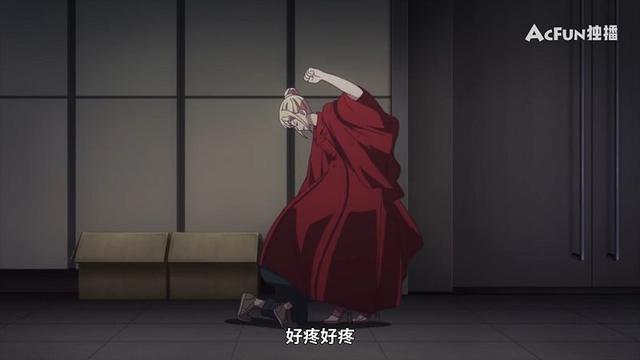 请在T台上微笑:男高中生钻到学姐裙子下面动手脚,馋她的身子?