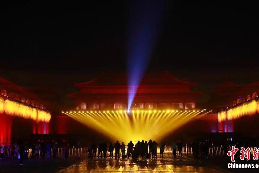 故宫之夜点亮了中华传统文化的靓丽觉醒!