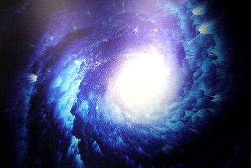 科学家观测到宇宙最大的单一天体,现在有可能已经将星系吞噬