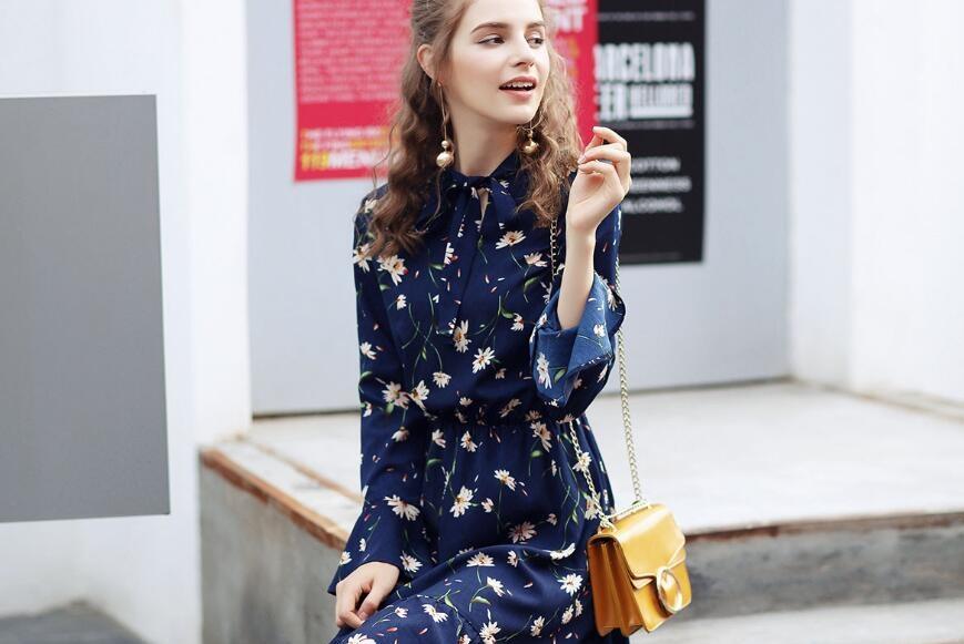 五款超有气质的印花裙 百搭清新真的美腻