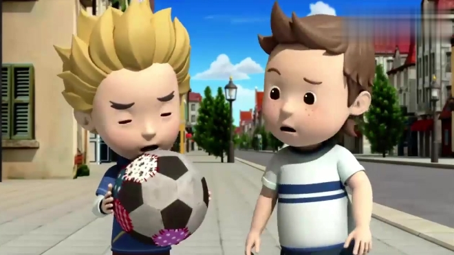 儿童安全教育动画 变形警车珀利 凯文多奇马路上抢球 球飞出手