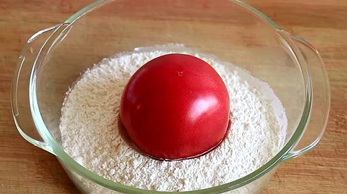 2个西红柿,半碗面粉,简单一做,营养又筋道,一大锅不够吃
