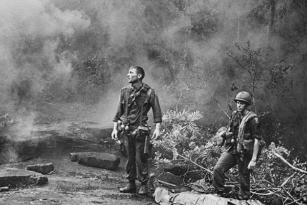 越南战争中,美军牺牲50000多人,美国人称为历史上最失败的一页