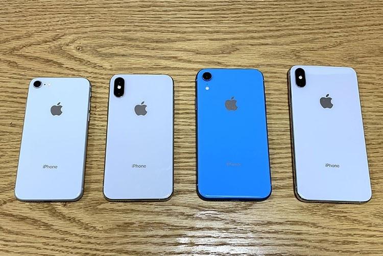 "iPhone三摄设计被实锤?如此""沙雕设计""引网友纷纷吐槽"