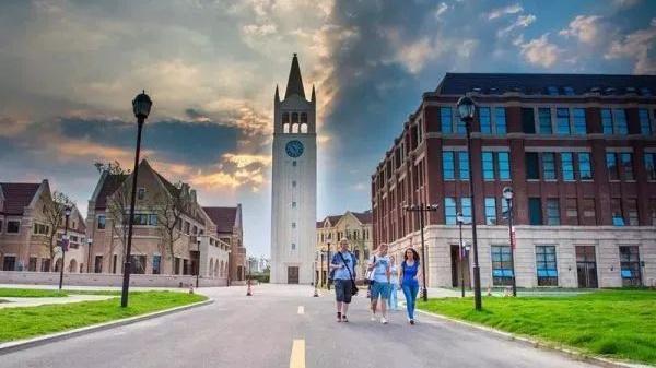 贲圣林:建立新经济时代的全球化商学院