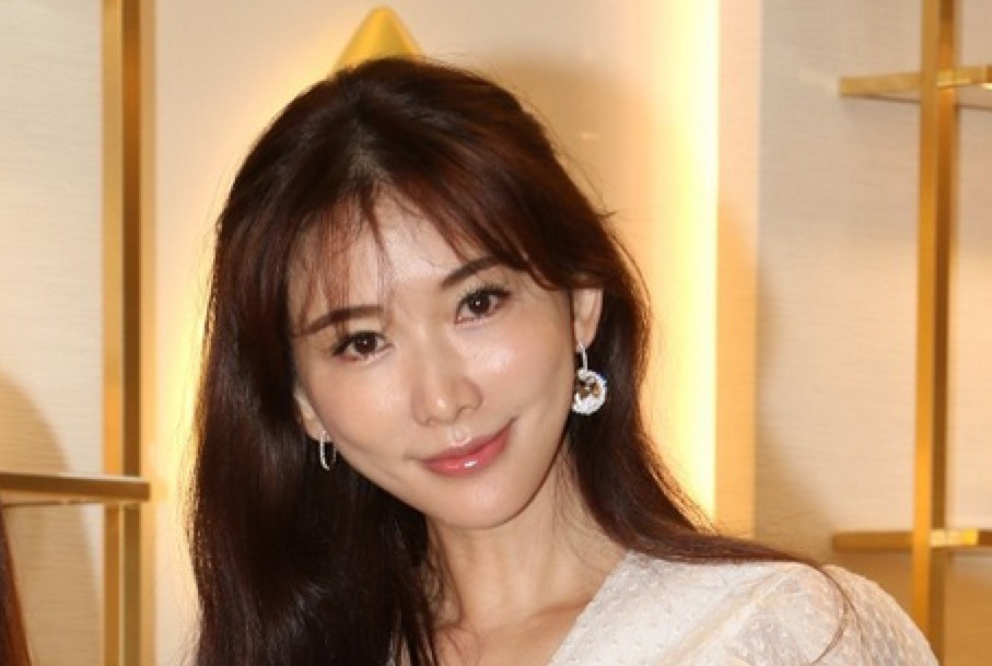 44岁林志玲感叹无人敢追,坦言自己很单纯渴望恋爱