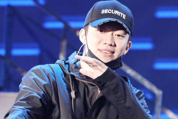 李小璐夜宿门事件相关人PGOne发布新歌,配文说明颇有含义引热议
