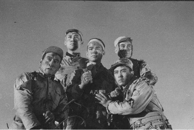 狼牙山五壮士幸存者,用报告换回拖拉机,56年后,日军官前来谢罪