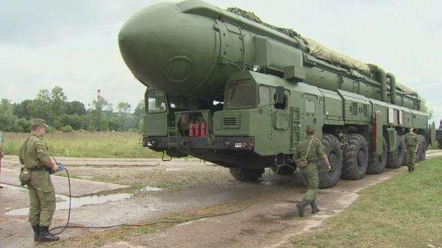 俄新型潜射导弹发射成功,可搭载4枚核弹头,对手呼吁保持冷静