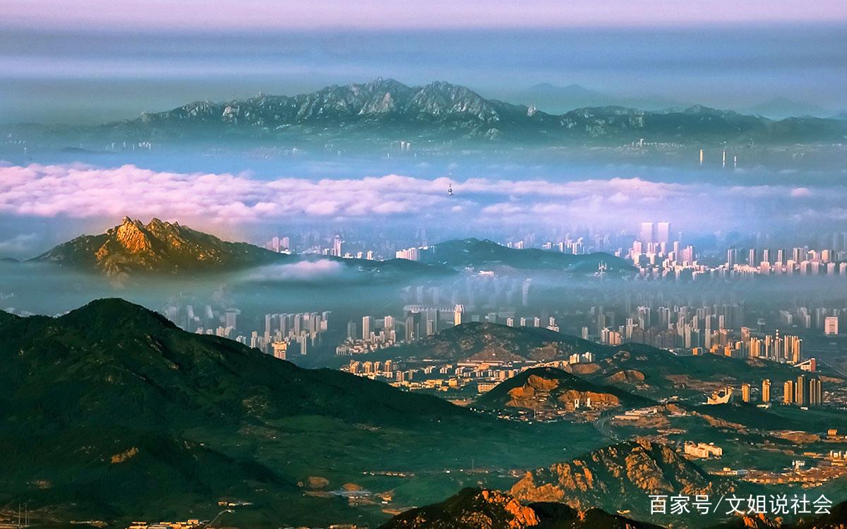 泰山山清水秀,风景俏丽,是一个游玩的好去处