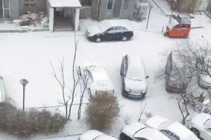 北京下雪了!打不到车咋办?高德地图一键全网打车 让你速度上车