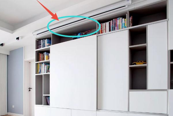 装修时,灵机一动把电视装柜子里!邻居不理解,入住后悔没照做!