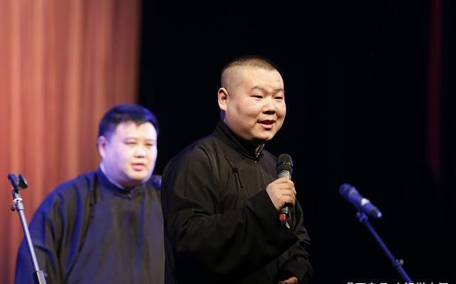 岳云鹏入围金扫帚奖,一名相声演员如何演好电影