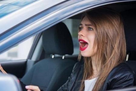开车也要讲天赋,教练:这4种人别考驾照,真的不适合开车