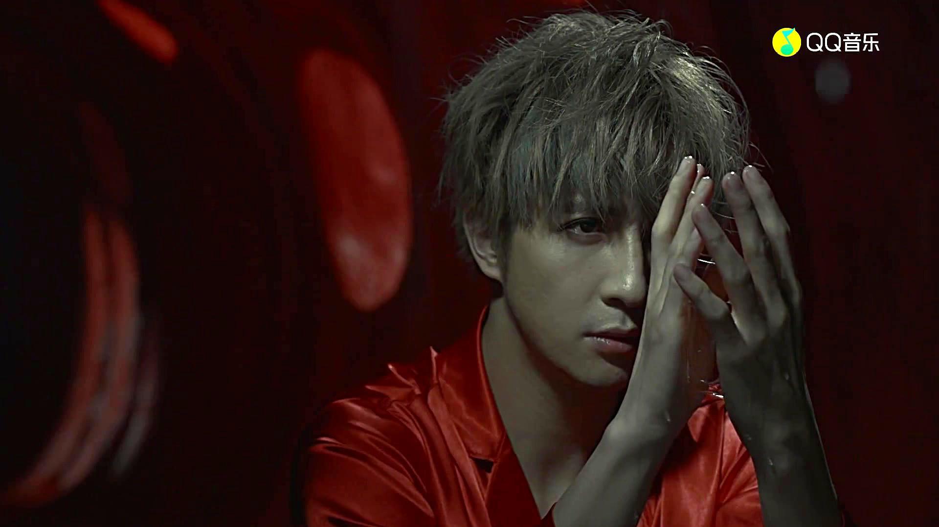 薛之谦的这个MV,这应该就是他理解的爱情,很多人都看不懂