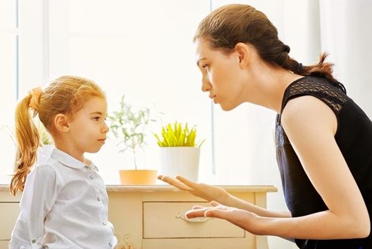 孩子突然说脏话,聪明的父母会这么纠正,比打骂管用多了