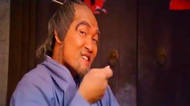 袁祥仁扮成女人非常逗,很难相信这是80年代的电影!