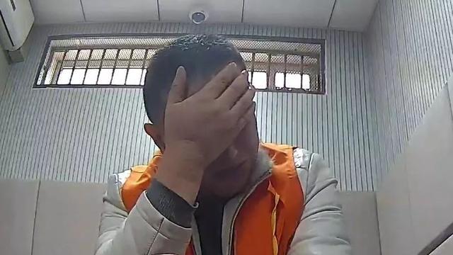 酒后挑衅警察权威!胆大有何用,要遭起!