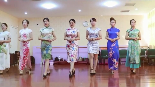 梁平礼仪形象「优雅女人训练营」黄冈站第一期