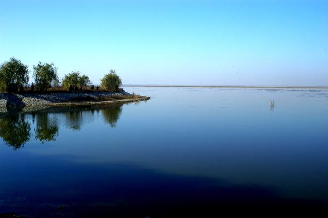 除了沈阳卧龙湖风景区,桂林朗梓古寨,风光优美的知名