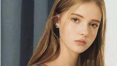 俄罗斯美少女模特病倒,中国的锅又来了……