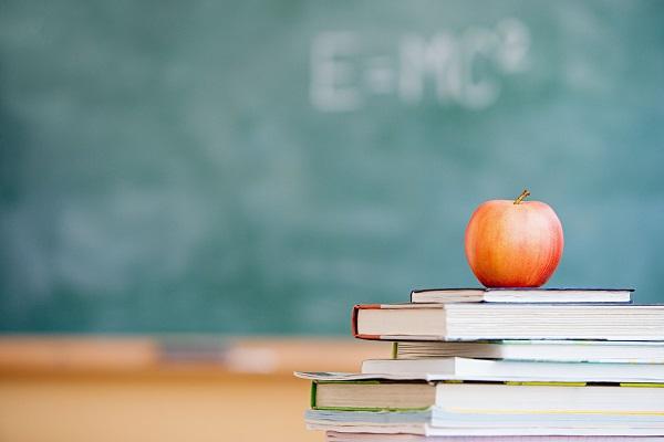 【优秀团员主要事迹】优秀幼儿教师演讲稿:一切为了孩子