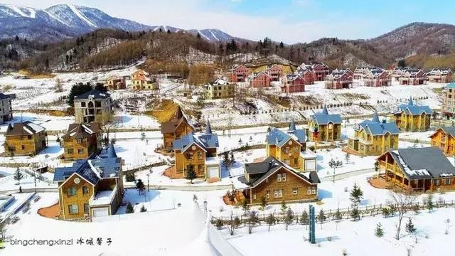 这是欧洲的小镇吗?这是黑龙江!这是亚布力青云小镇!真是美翻了