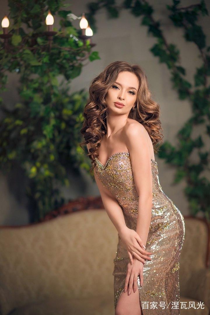 """俄罗斯35岁单身""""冻龄""""模特:男人不是""""必需品"""""""