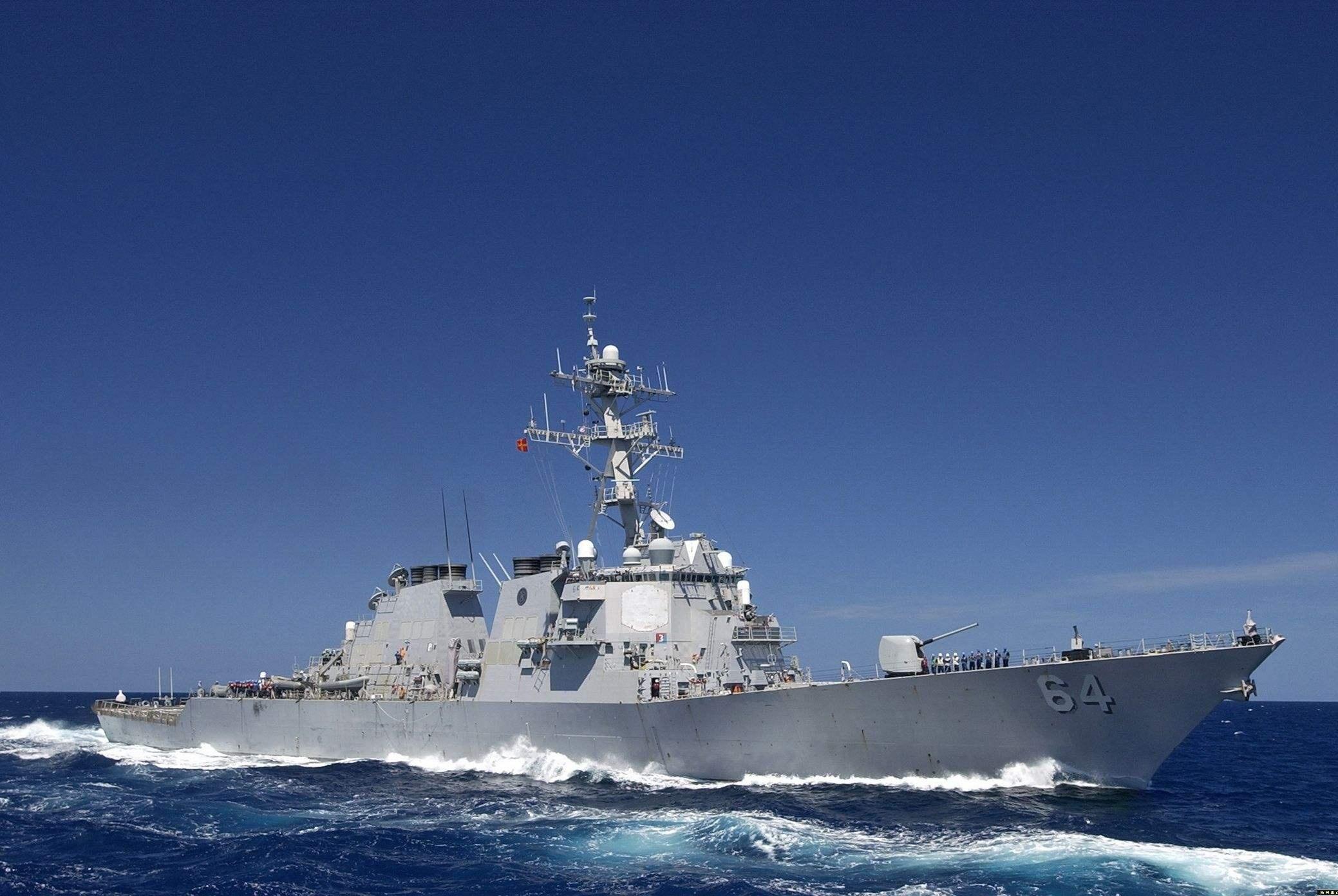 福特航母迎来噩梦,三艘驱逐舰也得不偿失,美海军实力恐将打折扣