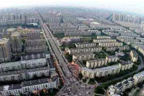 中国最大的小区,每天数十万人出门,到小区门口要半个小时