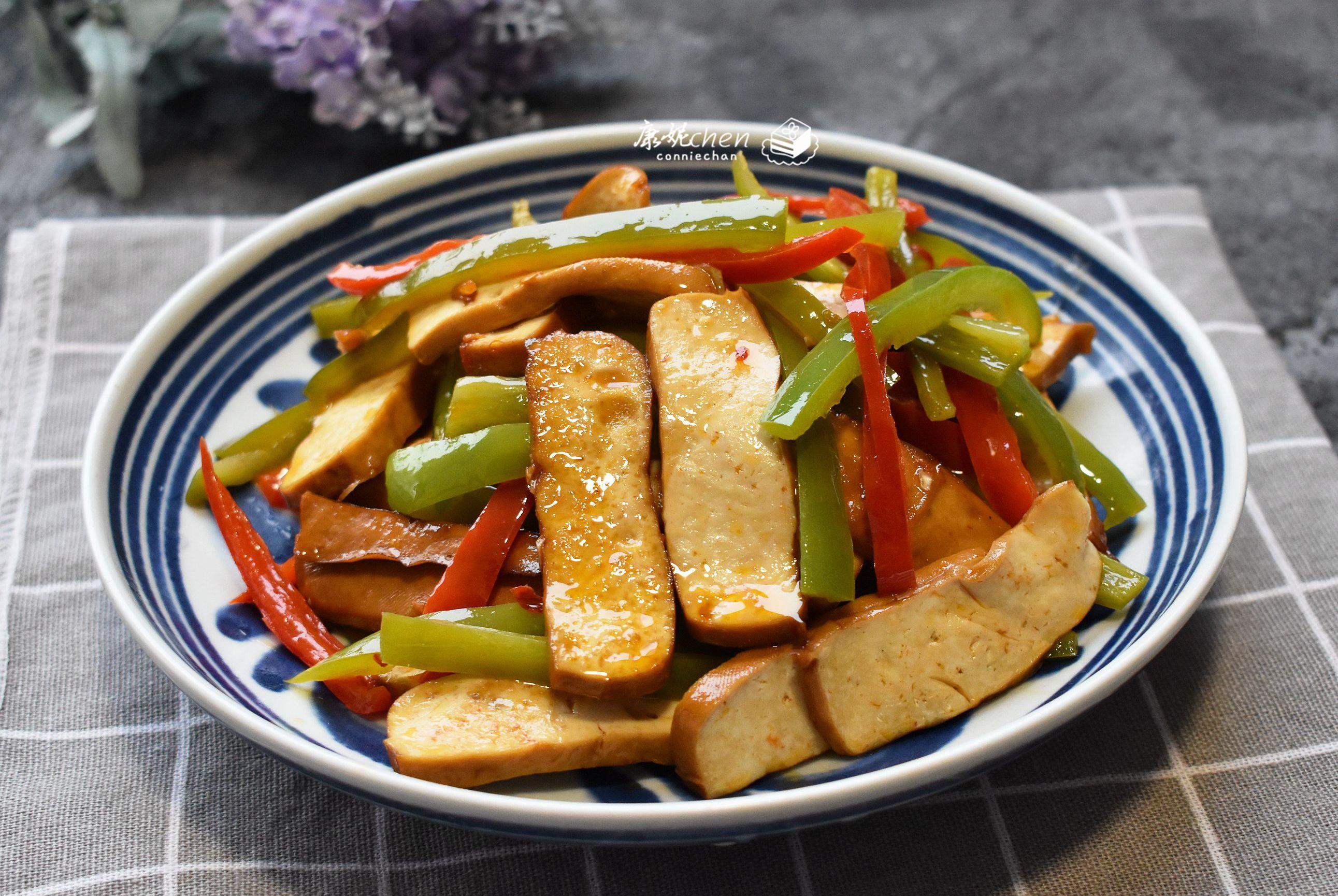 这菜只用了普通两样食材,做法简单,鲜香开胃,吃了3天还没吃够