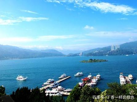"""日月潭是中国台湾风景优美的""""天池""""."""