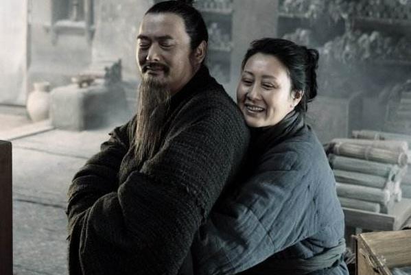63岁的老头娶了17岁的美娇妻,生下一儿子,此子影响中国上千年!