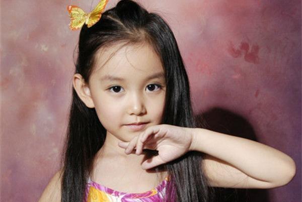 蒋依依7岁和张国立拍的电视剧,剧中很多经典台词,你们还记得吗