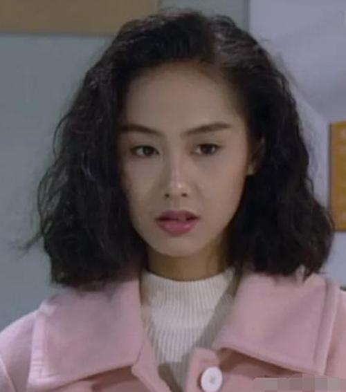 香港电影中的女明星发型,每个都好漂亮,你们最喜欢哪图片