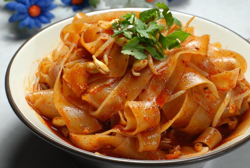 去西安必吃的八种美食,图三火遍全国,你只知道羊肉泡馍?