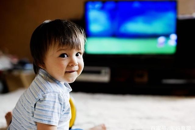 孩子到底能不能看电视,电视对他们是早教,还是伤害?