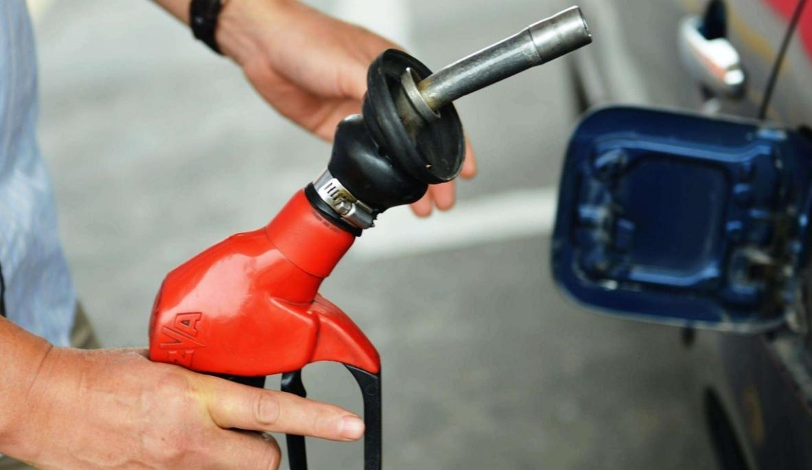 轿车、SUV多少油耗才算省油?老司机教你计算油耗和降低油耗