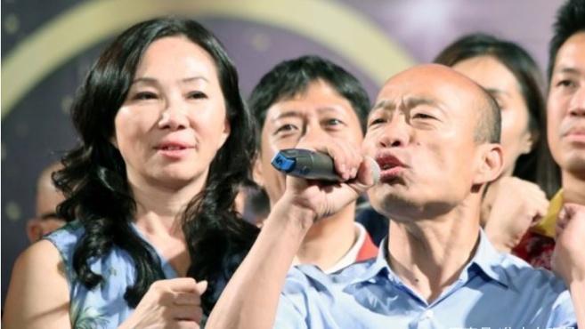 韩国瑜用麻将回国民党大选之争:让他们开杠自摸吧,我路过而已!