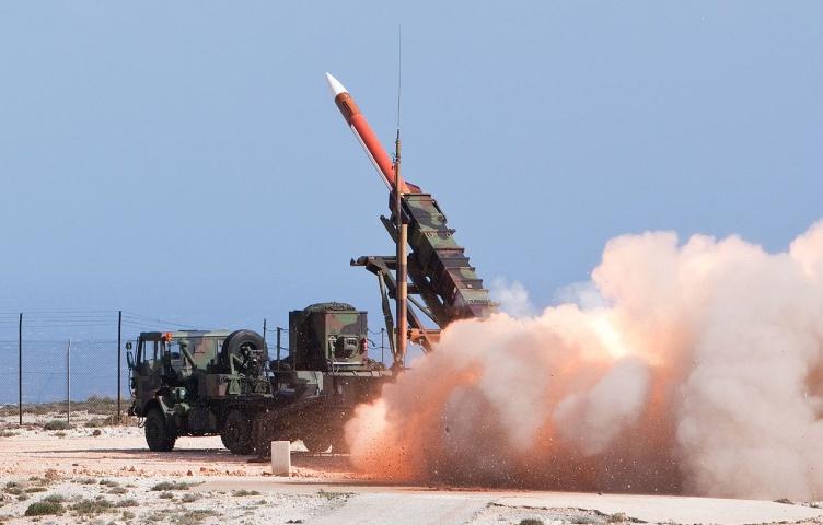 伊朗公布新型导弹,射程可以达到1400公里