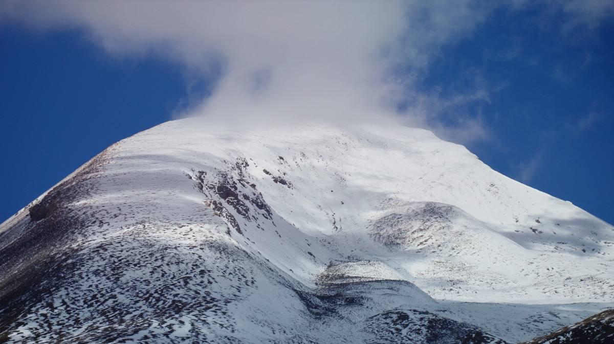 青藏高原美景:气势宏伟的青藏高原,绵延千里,果真壮观!