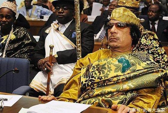 卡扎菲萨达姆临死前最真实表现曝光,一个让人敬佩,一个备受唾弃