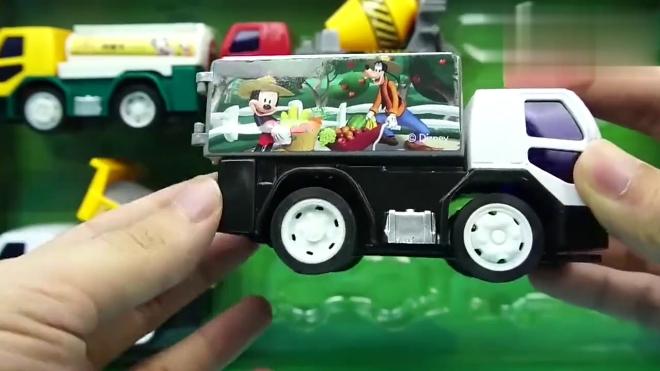 熊出没光头强的工程车,米奇妙妙屋 小猪佩奇故事