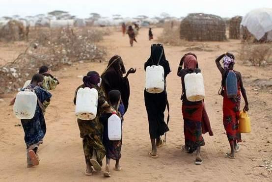 极其缺水的两个国家,一生只洗一次澡,衣服从来不洗!