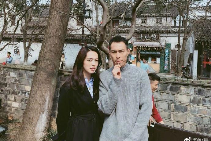 """入戏太深!姚晨晒与杨祐宁合影却被网友""""催婚"""":你俩赶快结婚"""