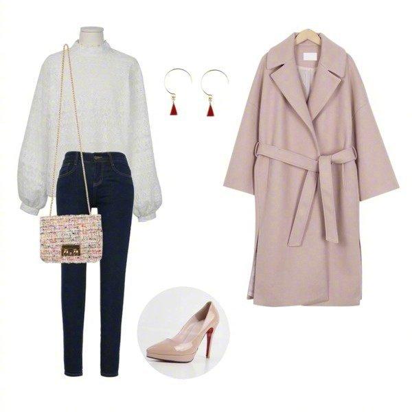 袖跺(h�(�_look3:泡泡袖白色毛衣 小脚裤 粉色高跟鞋