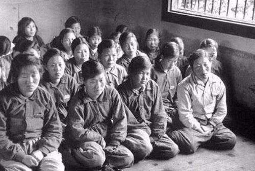 二战苏联这样对待日本女俘虏:怪不得现在日本对俄罗斯也毕恭毕敬