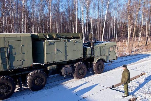 导弹基地拖欠数百万电费,无力支付遭断电,军长带着导弹找上门去