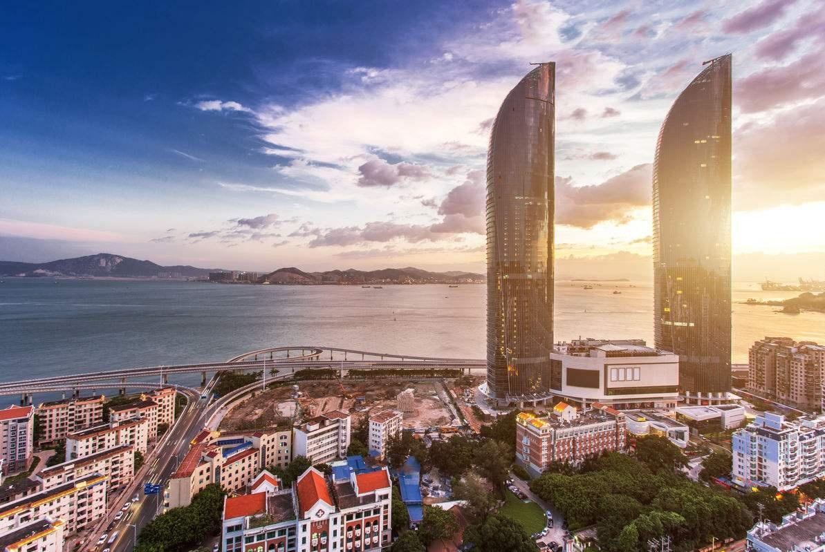 厦门50亿建成第一高楼,名气一炮打响,本地人却表示难以接受