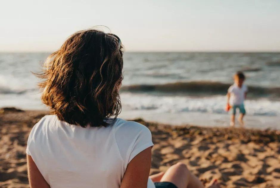 """采访上百对夫妻发现:婚姻不幸的女人,老公都有这一个""""共性"""""""
